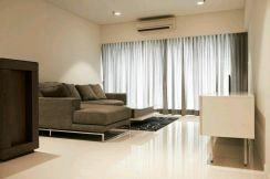 Summer Suites Suite [ 5.7 % ROI ] Large Unit 1200 sqft KLCC area