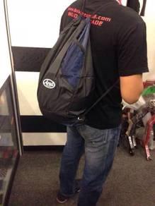 Modern Helmet Bag (bag sandang belakang)