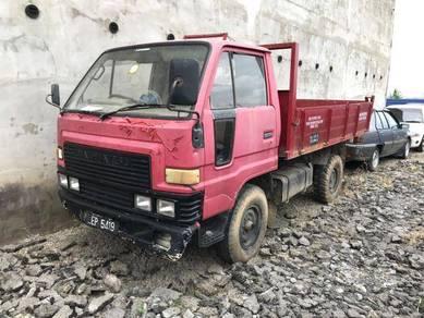 Daihatsu v57a 1996
