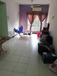 Freehold Baiduri Courts At Bandar Bukit Puchong, Selangor 3R + 2B