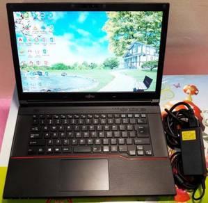 Full-Set Laptop Fujitsu 15.6