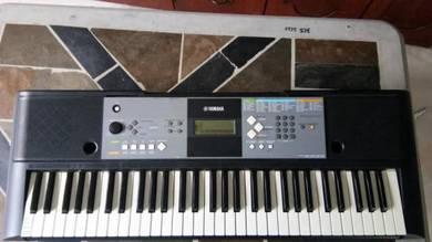 Yamaha psr e-233