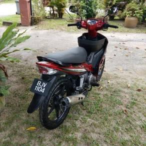 2008 Yamaha lc v1