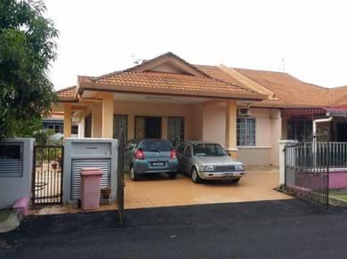 Semi d corner lot house at taman lavender 88,seremban 3
