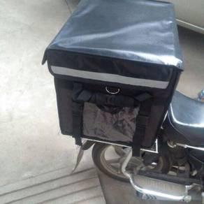 Delivery Box Black 62L