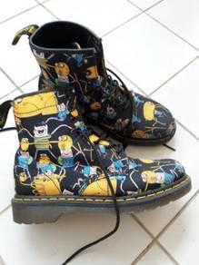 Dr Martein boots untuk dilepaskan