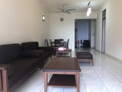 FULLY FURNISHED POOL VIEW Block C Seri Maya Condominium