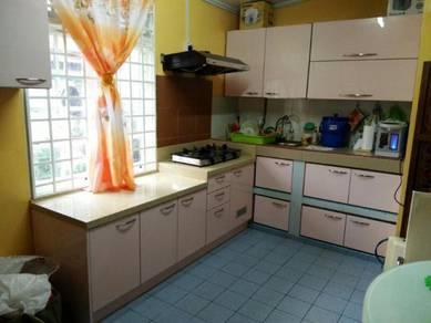 Kabinet Dapur Jimat di Kota Bharu