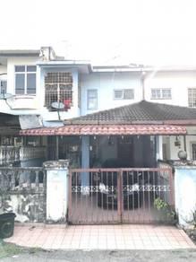 2 storey terrace taman desa serdang seri kembangan below market