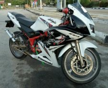Kawasaki KR150 RR (NEW COVERSET)