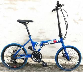 Mongoose 21 speed bike 2018 blue