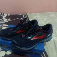 Brooks Ghost 10 Size US 8.5