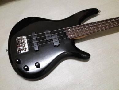 Ibanez SR400 Bass guitar Japan