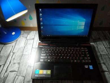 Lenovo Y40-80 i7 5th 4GB 500GB 14 AMD RADEON 2GB