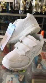 Yonex white shoe