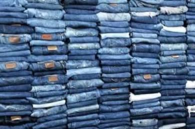 Membeli pakaian fast cash