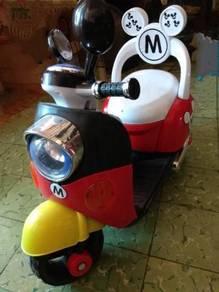 Mickey electronic kids scooter motor high back set