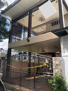 Rumah dua tigkat untuk dijual