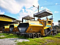 Imported Reconditioned Bitelli BB642Paver