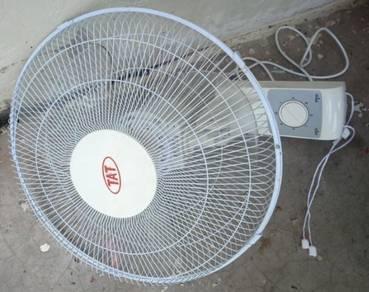 Wall Fan 16