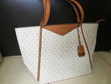 Luxury handbag
