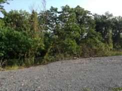 For sale 3.5 acre land bentong pahang next to lpt highway