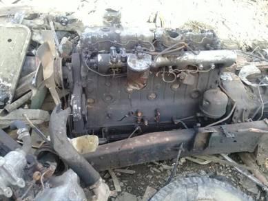 Nissan ud engin / gear box ND6