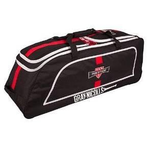 17RA Gray Nicolls Prestige Luggage
