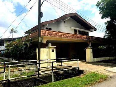 Bungalow Taman Phoenix Detached House