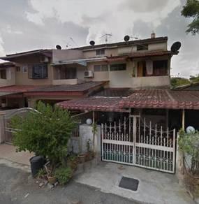 Renovated 2 storey terrace house in taman sri rampai