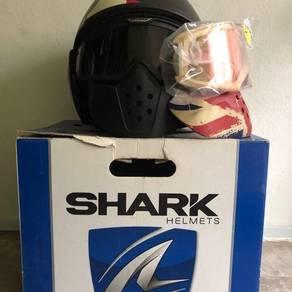 Shark Raw