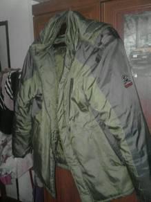 Jaket tebal