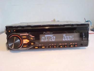 Pioneer DEH-1800UB radio cd usb car player audio