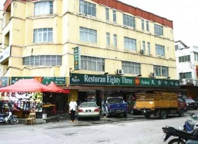 (1/2Renovated) GROUND FLOOR 1/2 Shop Jalan BPU 1 Bandar Puchong Utama