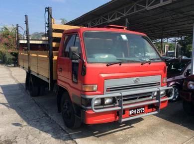 Daihatsu delta v116 wooden cargo