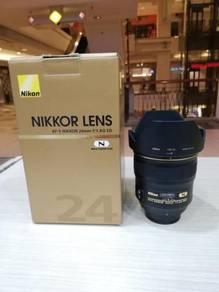 Nikon af-s 24mm f1.4g ed n lens (99.9% new)