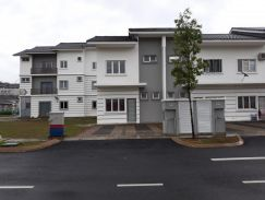 Townhouse at Bandar Ainsdale For Sales