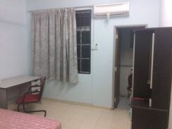 [Medium room] at Desa Kolej, Inti Melati, Kasia Nilai [no contract]