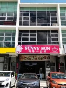 Dato Onn shop lot Ground floor Rent 3000