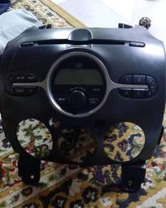 Radio Original Mazda 2