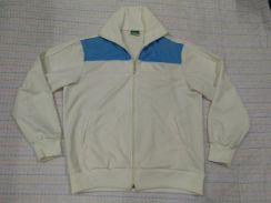 PUMA SWEATER EMBROIDERED volour block size O fits