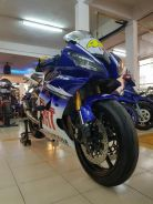 Yamaha YZF R6 (super top conditions)