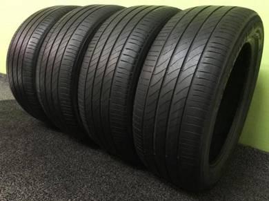 Tayar 18 inci/inch 235 50 18 x 4pcs Michelin
