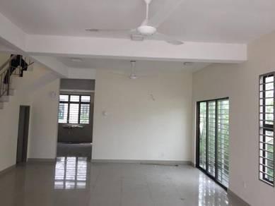 2 Storey End Lot Terrace House , Lakeside Residence , Puchong