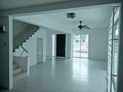 Double Storey Terrace House,Taman V24 For RENT
