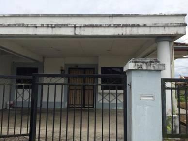 Matang Jaya house for rent