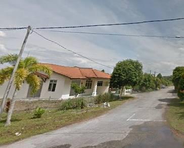 Corner lot 1 storey semi detached house in lembah beriah