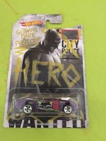 Hotwheels Batman vs Superman Overbored