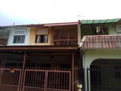 FREEHOLD Seremban Double Storey, Near Sekolah Menengah Chan Wa
