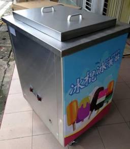 Popsicle ice cream machine